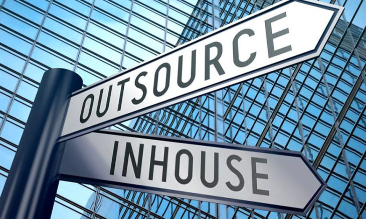 60% of institutional investors to outsource their data management by 2021