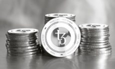 Small cryptocurrency Tezos gains traction, is Bitcoin in trouble?