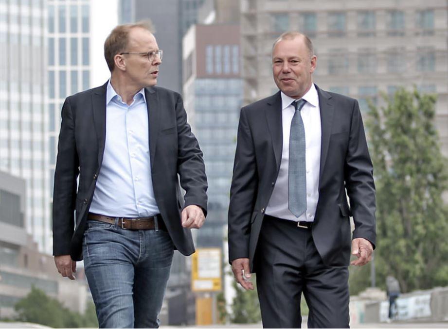 Klaus Hoffmann and Jörg Sonnenschein, Giroxx