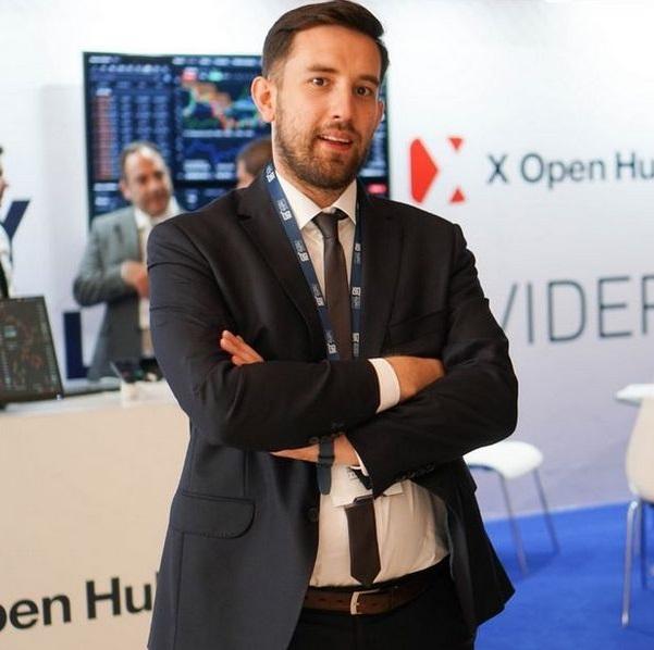 Sylwester Jezierski, X Open Hub