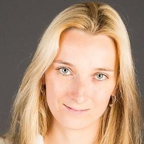 Elina Pedersen, Your Bourse